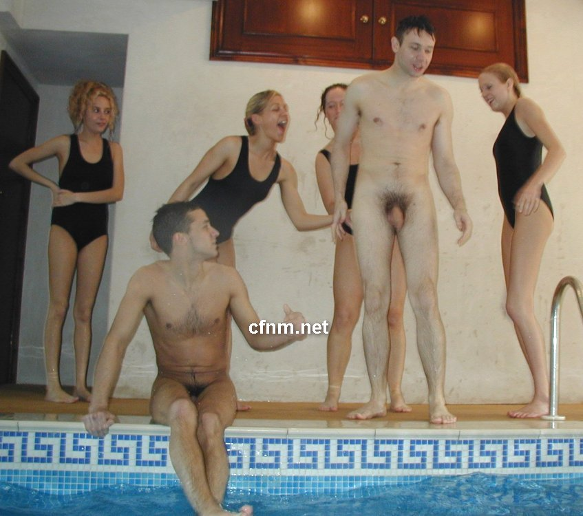 Cfnm Mixed swimming Video Mixed Swimming II Part 5 Calatos en la Piscina  XVideos