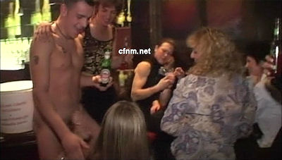 Real life CFNM. Young man spends a whole night start bollock naked in crowded nightclubs and gets more female attention than he can handle.